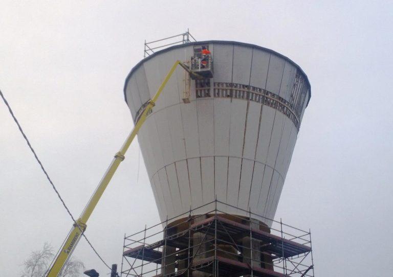 Kuva vesitornin saneerauksesta